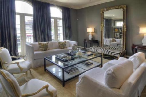 still loving leaning mirrors little nudge. Black Bedroom Furniture Sets. Home Design Ideas